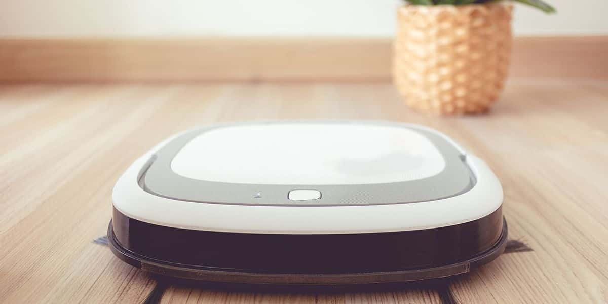 robot vacuum advantages